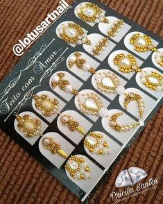 """𝓛𝓸𝓽𝓾𝓼 𝓐𝓻𝓽 𝓝𝓪𝓲𝓵 🌷 no Instagram: """"Sextou, se liga nessas lindezas ➡️ . . . . . . . . . . . . . . Pra fazer orçamentos e saber valores entre em contato pelo Whatsapp…"""" Nail Jewels, Jelly Nails, Rhinestone Nails, Nail Art, Instagram, Holiday Decor, Pattern, Manicure, Lotus"""