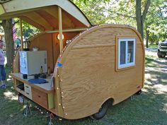 Homemade tear drop camper.  lots of great photos...df