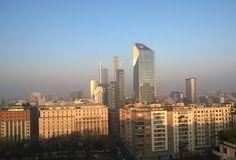 #milanodavedere #milano #milan #milanodaclick #unicredittower #diamondtower #portanuova #portanuovamilano #loves_milano #loves_united_milano #loves_life #vivomilano #volgolombardia #top_italia_photo #igglobalclub #ig_energy #world #italy #italia #milan #milano #igers#smog by otis10782mi
