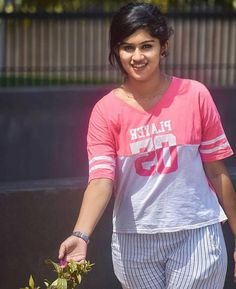 Beautiful Girl Indian, Beautiful Girl Image, Most Beautiful Indian Actress, Beautiful People, Cute Beauty, Beauty Full Girl, Beauty Women, Bollywood Actress Hot Photos, Beautiful Bollywood Actress