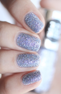 This winter season glitter-fy your nails with some textured glitter! Great for the holiday season!  #glitter #hoildaynails #winternails2013
