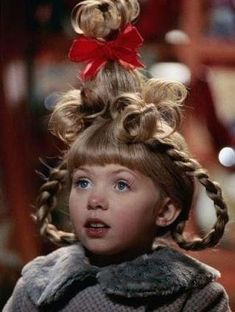 "Cindy Lou Who (played by Taylor Momsen), Christmas Hair from ""How The Grinch Stole Christmas"" Cindy Lou Who Hair, Cindy Lou Who Costume, Cindy Who, Whoville Costumes, Whoville Hair, Christmas Costumes, Seussical Costumes, O Grinch, Grinch Who Stole Christmas"
