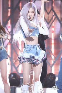 Stage Outfits, Kpop Outfits, K Pop, South Korean Girls, Korean Girl Groups, Rose Bonbon, Black Pink, Rose Park, Blackpink Photos