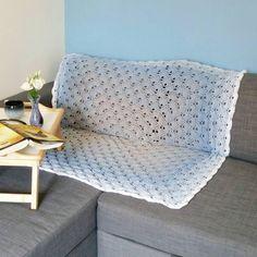 Blue crochet blanket - ombre virus blanket - ombre sofa blanket - blue lap blanket - lightweight throw - blue sofa blanket - grey blanket by CraftyScreechCo on Etsy https://www.etsy.com/uk/listing/505116686/blue-crochet-blanket-ombre-virus-blanket