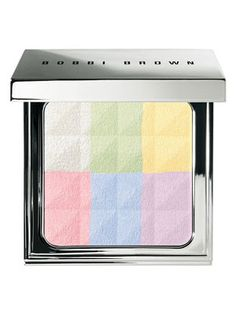 this powder from @Bobbi Brown enhances your natural features in a really soft and pretty way #R29BeautyNation