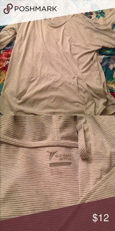Old navy work out hoodie Light material, very comfortable Old Navy Tops Sweatshirts & Hoodies