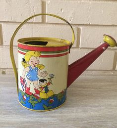 Vintage Child's Tin watering Can.Ohio Art Co.USAToys and