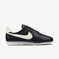 c5720f4c5109d Nike Pre Montreal Racer Vintage Women s Shoe