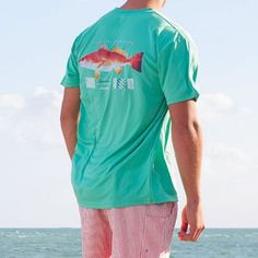 FieldTec Redfish Pocket Tee - Short Sleeve in Bimini Green by Southern Marsh Southern Marsh, Southern Prep, Southern Shirt, Southern Tide, Most Popular Sports, Preppy Men, Red Fish, Preppy Outfits, Tee Shirts