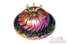 Polymer clay pendant with inka gold... http://www.polyclayplay.com/Cart/categories/Viva-Decor/Inka-Gold/