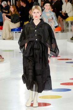 Chanel Resort 2016 Fashion Show - Louise Parker