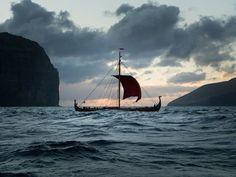 2016-05-07 Draken Harald sailing again. Leaving Faroes and navigating towards Iceland.