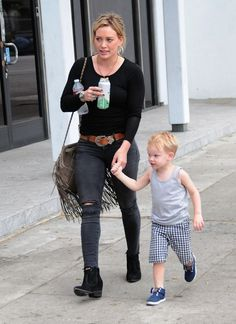 Hilary Duff Photos: Hilary Duff Out with Her Family