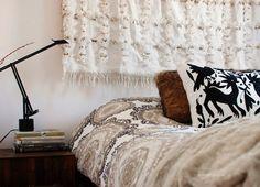 Inspiración de fin de semana: Manta marroquí de boda como cabecero de cama | Etxekodeco