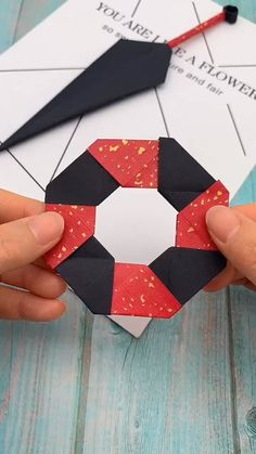 If you love kids, check out the videos for lots of craft ideas # origami videos Easy Kid Craft Instruções Origami, Paper Crafts Origami, Diy Paper, Paper Crafting, Origami Videos, Origami Boxes, Dollar Origami, Origami Bookmark, Origami Flowers