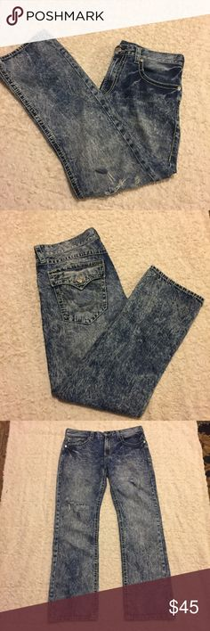 Men's True Religion Distressed Jeans Size 36 Men's True Religion Distressed Jeans in Size 36. Straight leg. Two areas that have purposeful tears on them cause that's in style:) Comment if you need additional info. In great condition. Price Firm. Bundle and Save $ True Religion Jeans Straight