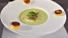 Recette : dos de cabillaud cuit à basse température, crème d'asperges et polenta moelleuse © Lorenzo Della Libera