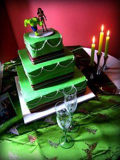 incredible-hulk-cake