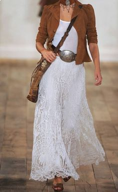 Daily outfit inspiration with a western, boho flare Look Boho Chic, Looks Chic, Bohemian Style, Mode Hippie, Mode Boho, Mode Outfits, Fall Outfits, How To Wear Belts, Moda Pop