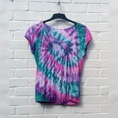 Tie Dye Top Womens to fit UK size 14 or US size 18 Festival Festival Trends, Bleach Tie Dye, Light Colors, Colours, Beautiful One, Lace Detail, Pink Purple, Size 14, Separate
