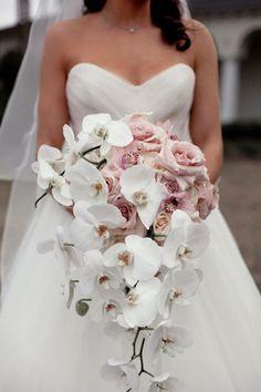 9 Best Hanging Bouquets Images Cascade Bouquet Wedding Bouquets