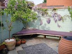 Design and build of small back garden for a Victorian house - Reuben Kyte The. Design and build of Small Back Gardens, Small Courtyard Gardens, Small Courtyards, Small Backyard Gardens, Small Backyard Design, Small Space Gardening, Terrace Garden, Gardening Tips, Victorian Terrace House