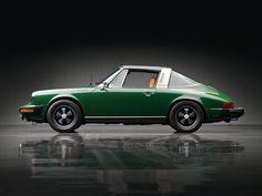 Porsche 911 Targa - green
