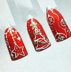 Make your nails beautiful with some snowflakes, stars or just simple red nail polish. Chistmas Nails, Xmas Nails, New Year's Nails, Holiday Nails, Nail Art Noel, Xmas Nail Art, Winter Nail Art, Winter Nails, Christmas Nail Art Designs
