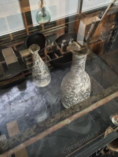 """Reflections in a Silver Glass"" New artist! Glass vases by Maeda Kaori 「銀のガラスに映るもの」 新着、新作家 ガラス花瓶、前田薫"