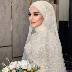 Wedding Hijab Styles, Fancy Wedding Dresses, Muslim Wedding Dresses, Wedding Gowns, Muslim Brides, Muslim Wedding Gown, Muslimah Wedding Dress, Wedding Attire, Bridal Hijab