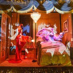 """Escaparates de Navidad 2014: escaparates """"encantados"""" en Nueva York… #SaksFifthAvenue #christmas"""