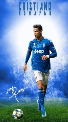 Juventus star Cristiano Ronaldo is a Footballing superstar, a brand and you may even call him a superhuman. Cristiano Ronaldo Shirtless, Cristiano Ronaldo Manchester, Cristiano Ronaldo Portugal, Cristiano Ronaldo Juventus, Cristiano Ronaldo Cr7, Cristino Ronaldo, Ronaldo Football, Funny Soccer Videos, Cristiano Ronaldo Hd Wallpapers