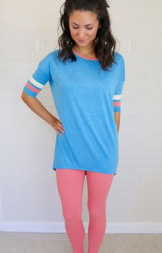 Blue Irma with heathered pink leggings Pink Leggings, Tight Leggings, Tights, Trans Mtf, Lula Roe Outfits, Clothing Ideas, Addiction, Outfit Ideas, Tunic Tops