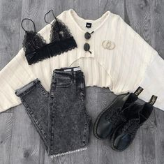 Fall Outfit Ideas: How to Look Stylish in the Cold Season!When you start to feel the cold of the nights, it's time to get ready for the cold days, to take Edgy Outfits, Winter Fashion Outfits, Simple Outfits, Fall Outfits, Korean Outfits, Sport Outfits, Teenage Outfits, Grunge Outfits, Pastel Outfit