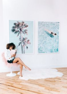 3 Easy Ways To Upgrade Your Workspace - Scout The City, Inc. Office With A View, Faux Sheepskin Rug, Pin Up Photos, Gloomy Day, Child Models, Going To Work, Pink And Green, Cool Girl