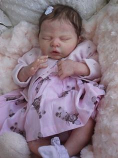 CLARES-BABIES-Stunning-reborn-baby-girl-Bella-Ne-by-Sylvia-Manning-SOLD-OUT