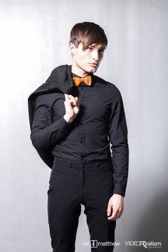 Babyblauer pullover outfits menswear streetstyle pinterest - Fliege abiball ...