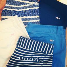 Clearly I have an obsession with anything blue, white, or vineyard vines. Prep Fashion, Fashion Outfits, Prep Style, My Style, Preppy Southern, Southern Charm, Southern Prep, Preppy Mode, Moda Formal