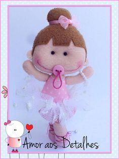 Eu Amo Artesanato: Bailarina com molde Felt Doll Patterns, Felt Crafts Patterns, Stuffed Toys Patterns, Baby Patterns, Felt Quiet Books, Doll Tutorial, Sewing Toys, Felt Diy, Homemade Crafts