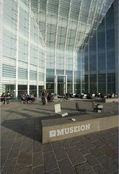 Bozen Museion-il Museo d'Arte Contemporanea di Bolzano Museion Bolzano http://www.museion.it/