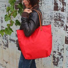 Bolsos de asa larga -  Bolso shopping bag impermeable - Rojo - Maxibolso - hecho a mano por LoLahn-Handmade en DaWanda