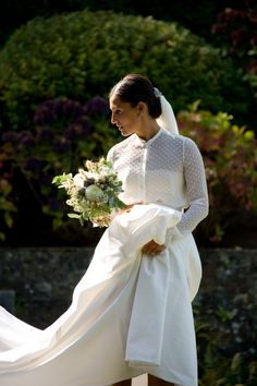 Simplemente....¡#perfecta! No encanta su #ramo y #vestido