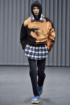 Balenciaga Fall 2017 Menswear Collection - Fashion Unfiltered