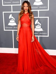 Best of 2013. RIHANNA AT THE GRAMMYS