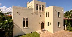 Villa Helena, Miami Beach, Florida Vacation Rental http://www.estatevacationrentals.com/property/villa-helena