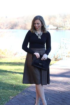 http://livingaftermidnite.blogspot.co.uk/2014/12/metallic-skirt-for-holidays.html