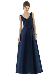 Alfred Sung Style D625 http://www.dessy.com/dresses/bridesmaid/d625/#.UsiWhKVupg0