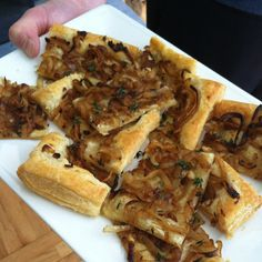 Onion and Thyme Tart Looks amazing! @davidleite
