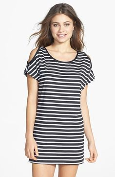 Free shipping and returns on MICHAEL Michael Kors Stripe Cold Shoulder Cover-Up Tunic at Nordstrom.com. Shoulder cutouts frame a stretch-kissed, striped tunic that bares a bit of sun-warmed skin.