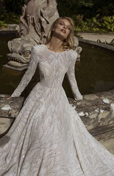 The FashionBrides is the largest online directory dedicated to bridal designers and wedding gowns. Find the gown you always dreamed for a fairy tale wedding. Glam Dresses, Gowns With Sleeves, Bridal Wedding Dresses, Bridal Boutique, Dream Dress, Boho, Dress Long, Glitter Wedding, Lisbon